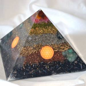 Orgone Pyramid Egypt XL - Happy Family / Good Relationships