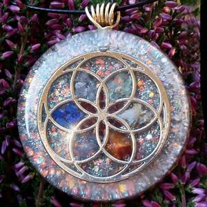 Seed of Life Orgonite Pendant With 7 Chakra Crystals