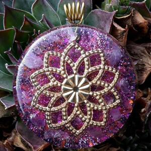 Sunflower Mandala Orgonite Pendant With Amethyst